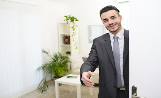 3 Simple Ways To Stand Out In Real Estate