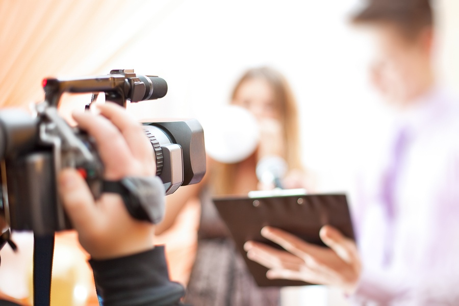 How Video Marketing Can Help You Earn Six Figures